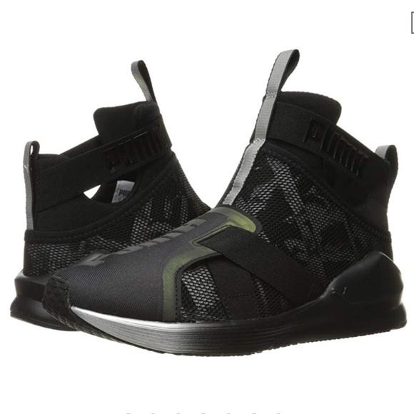 68049a45ff08 Puma Fierce Strap Swan Sneakers LIKE NEW 7. M 5c2ffca20cb5aa26994305d9